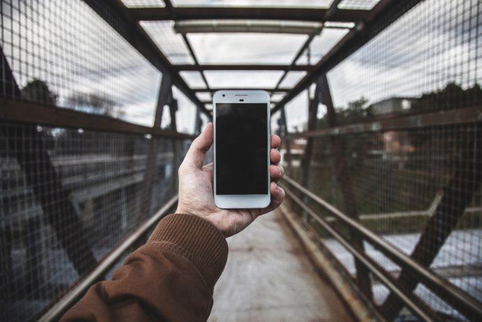 google assistant accessible smartphone sans dévérouiller